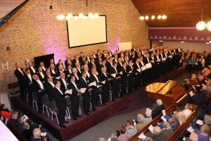 Hartverwarmende en getuigende zangavond in Damwâld